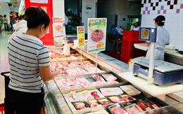 Giá thịt lợn 'leo thang' từng ngày, các mặt hàng khác cũng tăng theo