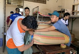 Tất bật dọn dẹp ký túc xá làm khu cách ly cho người từ vùng dịch COVID-19 về TP Hồ Chí Minh