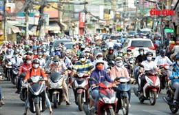 Người dân TP Hồ Chí Minh bắt nhịp trở lại sau 3 tuần giãn cách xã hội