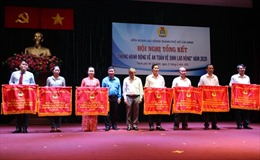 TP Hồ Chí Minh tặng quà, thăm hỏi 703 công nhân bị tai nạn lao động