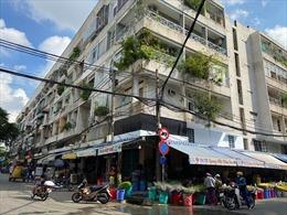 TP Hồ Chí Minh cách ly 3 người tiếp xúc gần với bệnh nhân 420