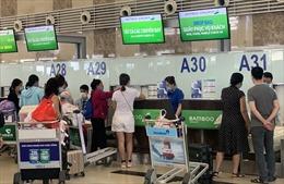 Người dân chưa 'mặn mà' với vé máy bay Tết 2021 vì e ngại dịch COVID-19