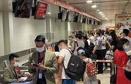 TP Hồ Chí Minh triển khai giải pháp phòng dịch COVID-19 tại sân bay, bến xe, nhà ga