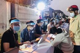 Doanh nghiệp TP Hồ Chí Minh nỗ lực, phòng vệ trước dịch COVID-19