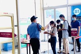 Siêu thị, trung tâm thương mại TP Hồ Chí Minh tuân thủ quy định phòng dịch COVID-19