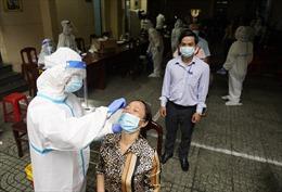 Người dân TP Hồ Chí Minh cùng đồng lòng chống dịch COVID-19