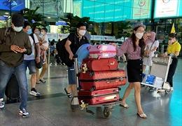 TP Hồ Chí Minh: Sân bay, bến xe, bến phà thông thoáng trong chiều ngày 3/5