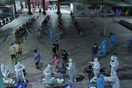 TP Hồ Chí Minh lấy mẫu xét nghiệm quy mô lớn để dập dịch
