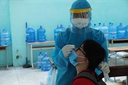 TP Hồ Chí Minh mở rộng xét nghiệm cộng đồng, người dân có thể tự lấy mẫu tại nhà