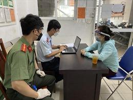 TP Hồ Chí Minh: Gỡ bỏ hàng trăm bài viết, xử phạt nhiều đối tượng tung tin sai sự thật trên mạng xã hội