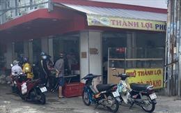 TP Hồ Chí Minh: Ngày đầu tiên cửa hàng ăn uống được phép bán trở lại