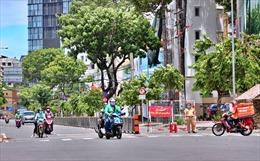 TP Hồ Chí Minh phát hiện 607 lượt người nghi mắc COVID-19 qua các chốt kiểm soát