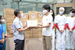 Các đơn vị, đoàn thể 'tiếp sức' cho đội ngũ y, bác sĩ tuyến đầu chống dịch tại TP Hồ Chí Minh