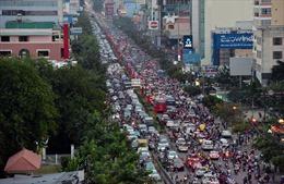 Người dân bị tắc đường, thu quá giá trong dịp Tết Kỷ Hợi có thể phản ánh qua Zalo