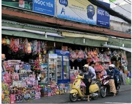 Chuyển đổi kinh doanh mùa dịch COVID-19: Bài 1 - Doanh thu bán lẻ sụt giảm mạnh