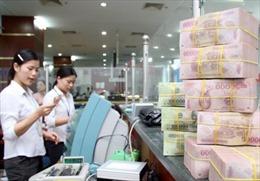 Thu hút tiền gửi không kỳ hạn, ngân hàng 'đua' nhau miễn giảm phí giao dịch