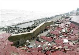 Bờ kè khu du lịch sinh thái ven biển Nam Định trước nguy cơ bị kéo sập