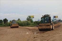 Đẩy nhanh tiến độ xây dựng cao tốc Trung Lương - Mỹ Thuận