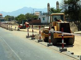 Gấp rút bàn giao mặt bằng cho dự án cao tốc Cam Lộ - La Sơn