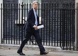 Bộ trưởng Tài chính Anh từ chức sau khi ông Johnson trở thành Thủ tướng