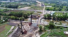 Tháo gỡ vướng mắc dự án cao tốc Trung Lương - Mỹ Thuận