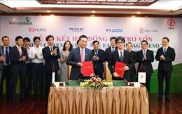 Vietcombank - JBIC trao đổi văn kiện hợp đồng tín dụng 200 triệu USD