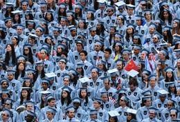 Sinh viên Trung Quốc tìm kiếm 'giấc mơ ngoài nước Mỹ'
