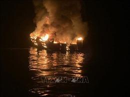 Mỹ ngừng tìm kiếm hành khách mất tích sau vụ cháy tàu