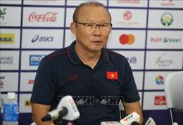 SEA Games 30: HLV Park Hang-seo trách các báo đưa thông tin sai về chấn thương của Quang Hải