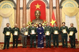 Phó Chủ tịch nước tiếp Đoàn đại biểu Người có công và Cựu chiến binh tỉnh Vĩnh Long