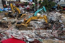 Sập công trình đang thi công, hàng chục công nhân Campuchia bị vùi lấp