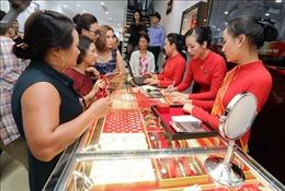 Giá vàng sáng 30/1 tăng mạnh trong phiên đầu năm Canh Tý