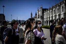 Bồ Đào Nha đón trở lại du khách từ Anh và đa số nước EU
