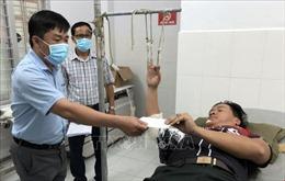 Năm cán bộ, chiến sĩ bị thương khi vây bắt 200 đối tượng buôn lậu thuốc lá