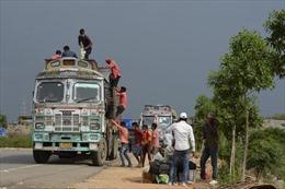 Ấn Độ sơ tán hàng nghìn dân để tránh bão Amphan tăng cấp trở thành siêu bão