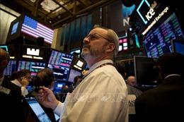 Chứng khoán thế giới đồng loạt giảm điểm - Giá dầu thế giới giảm