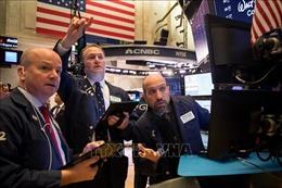 Thị trường tài chính biến động do lo ngại căng thẳng Mỹ-Trung