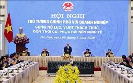 Thủ tướng Nguyễn Xuân Phúc chủ trì Hội nghị trực tuyến Thủ tướng Chính phủ với doanh nghiệp