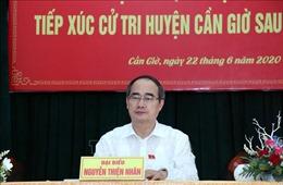 Bí thư Thành ủy TP Hồ Chí Minh tiếp xúc cử tri huyện Cần Giờ