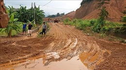 Hà Giang: Bùn đất từ công trình san lấp tràn vào nhà dân gây thiệt hại lớn
