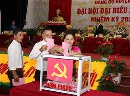 Lai Châu tổ chức hội nghị rút kinh nghiệm sau đại hội điểm cấp huyện