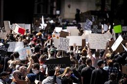 Bạo lực và cuộc khủng hoảng sắc tộc của nước Mỹ