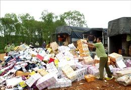Bắt giữ, tiêu hủy số lượng lớn hàng hóa nhập lậu