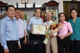Bí thư Thành ủy TP Hồ Chí Minh thăm, chúc thọ người cao tuổi tiêu biểu