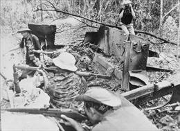 Một thời 'tay bút, tay súng' của phóng viên Thông tấn  - Bài 3: Gan dạ trong chiến đấu