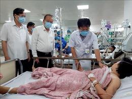 Vụ lật xe khách tại Quảng Bình: Phó Thủ tướng yêu cầu huy động mọi lực lượng cứu chữa các nạn nhân