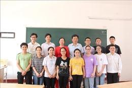 Lớp học trường làng có 14 học sinh đạt điểm xét tuyển đại học từ 27 điểm