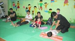 'Ngôi nhà xanh lá'  - nơi tiếp sức cho trẻ bại não