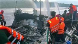 Cháy tàu cá tại Bến Tre, thiệt hại khoảng 1,2 tỉ đồng