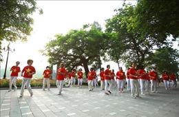 Người dân Hà Nội đón Tết Độc lập
